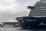 Wish you were here - Mein Schiff 4 vor dem Warnemünde Cruise Center 7