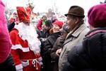 Der Weihnachtsmann kommt mit dem Seenotkreuzer
