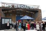 Ahoi! – Willkommen auf der MS Broadway in Halle 207
