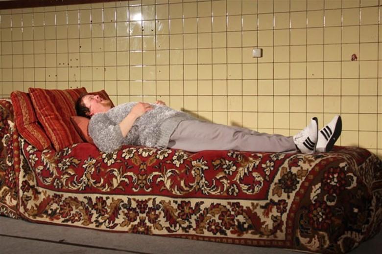berggasse 19 die couch im peter weiss haus rostock heute. Black Bedroom Furniture Sets. Home Design Ideas
