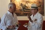 Neue Kubanische Kunst im Café Röntgen in Warnemünde