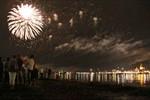 """""""Warnow in Flammen"""" - Feuerwerk zur Hanse Sail 2010"""