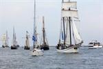 Mittendrin statt nur dabei - Mitsegeln auf der Hanse Sail