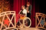 Theaterrevue des jüdischen Theaters Mechaje