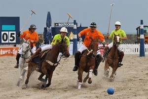 Finale beim BeachPolo Ostsee Cup 2011