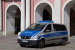 Schwaansche Straße: Corsafahrerin fuhr gegen Hauswand