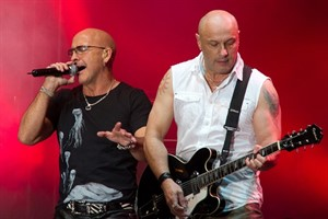 Right Said Fred auf der Hanse Sail 2011
