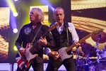 Status Quo und The Hooters begeistern in Rostock