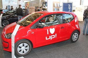 Studentin Claudia im VW up!