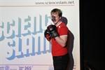 Biomechaniker gewinnt ersten Rostocker Science Slam