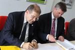 Kooperationsvertrag zwischen Uni und Rostock Business