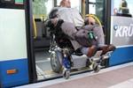 Barrierefreier Umstieg zwischen Bus und Bahn