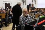 """""""Ost-Zeit-Story. Die ungespielten Lieder"""" im Volkstheater"""