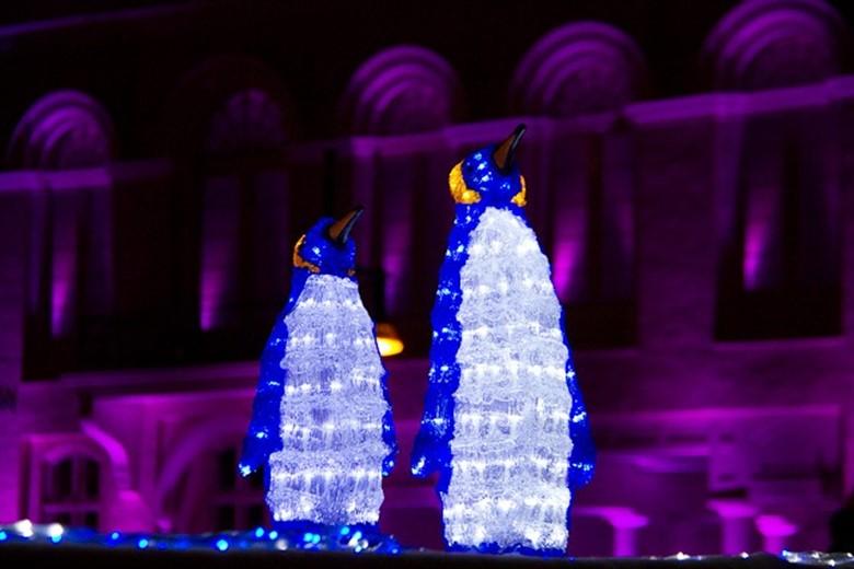 Licht an f r die rostocker lichtwoche 2012 rostock heute for Leuchtfiguren