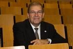 Wolfgang Schareck bleibt Rektor der Rostocker Uni