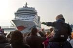 AIDAstella in Rostock-Warnemünde getauft