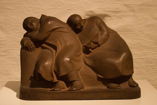 """Ernst Barlachs """"Die schlafenden Vagabunden"""" haben als eine der wenigen Werke in Rostock die Aktion """"Entartete Kunst"""" überstanden."""