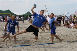 Beachhandball am Ostseestrand (Foto: Archiv 2012)