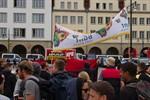 Hunderte Menschen protestieren gegen NPD-Kundgebung