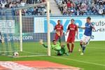 Hansa Rostock gewinnt gegen den SSV Jahn Regensburg mit 4:2