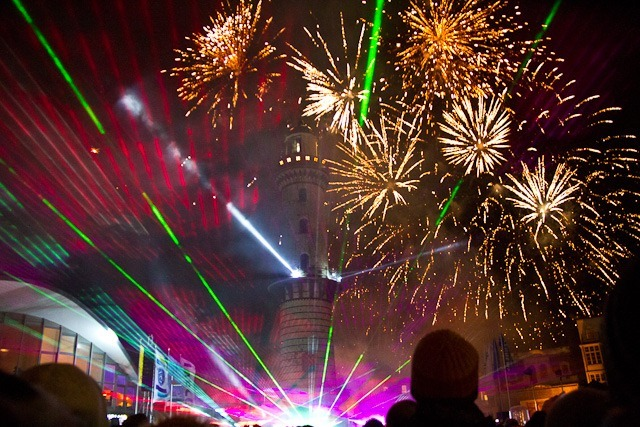 Neujahr 2014 in Warnemünde - Leuchtturm in Flammen