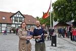 Roter Pfeil in Warnemünde eingeweiht