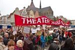 Demo für ein Vierspartentheater in Rostock