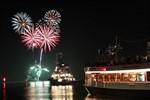 "Erste ""Rostock Port Party"" des Jahres 2015 in Warnemünde"