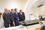 Unimedizin weiht hochpräzises Bestrahlungsgerät ein