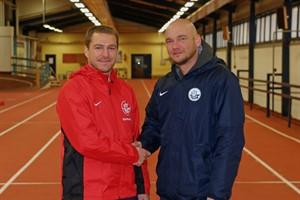 Konditions- und Athletiktrainer Björn Bornholdt (links) und Vorstandsvorsitzender Markus Kompp (Foto: F.C. Hansa Rostock)