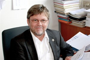 Prof. Ralf Ludwig ist Organisator der Bunsentagung in Rostock (Foto: Uni Rostock)