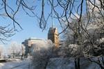 Winter verabschiedet sich mit Raureif und Sonne