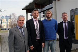 RVV-Geschäftsführer Jochen Bruhn und Oliver Brünnich, Sven Thormann (Geschäftsführer der HC Empor Handball GmbH) und Jens Gienapp (Vorstandsvorsitzender des HC Empor Rostock e.V.)