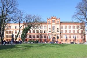 Kernaufgabe Forschung: Die Rostocker Uni will sich vermehrt der Forschung widmen und bei Landes- und Bundesexzellenzinitiativen punkten
