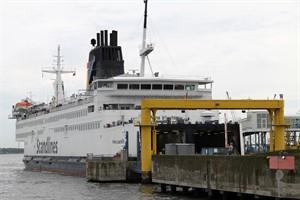 Zufahrt zum Rostocker Hafen wird auf 16,50 Meter vertieft