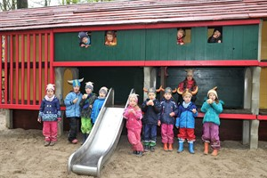 Wikinger-Spielplatz im Zoo Rostock (Foto: Joachim Kloock)