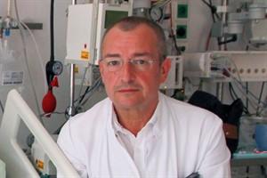 Dr. Andras Hoffman ist als erfahrener Aortenchirurg nach Rostock gekommen (Foto: Unimedizin Rostock)