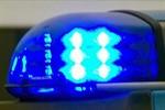 Polizist durch Steinwurf schwer verletzt