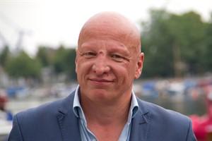 Sewan Latchinian, Intendant des Volkstheaters Rostock, fristlos entlassen