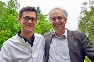 Der ärztliche und der psychologische Leiter des Zentrums: Dr. Tim Jürgens und Prof. Dr. Peter Kropp (Foto: Unimedizin Rostock)