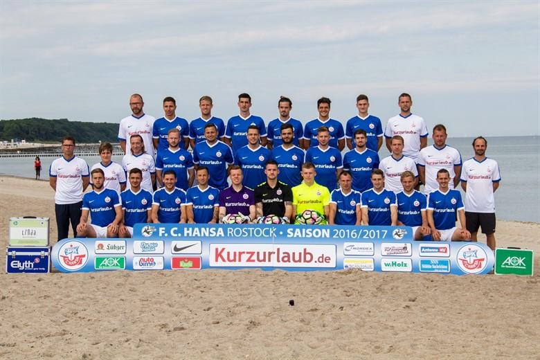 FC Hansa Rostock - Mannschaftsfoto für die Saison 2016/2017