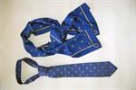 Rostock-Krawatten und -Damenschals werben für Doppeljubiläum