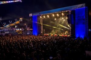 Mehr als 8.000 Besucher kamen zum Konzert von Philipp Dittberner (Foto: Christoph Meyer)