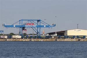 Umschlag wächst: Überseehafen Rostock mit positiver Halbjahresbilanz 2016