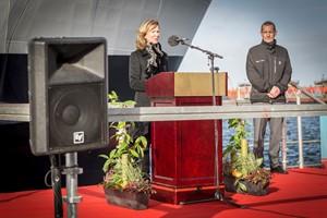 """Sally Borrows, Taufpatin der neuen Scandlines-Fähre """"Copenhagen"""" (Foto: Claus Lillevang)"""