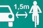 Hinweisschild soll Gefährdungen von Radfahrern senken