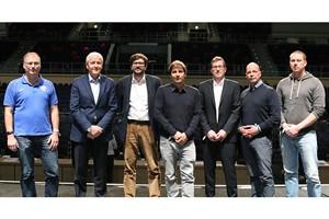 Mitgliederversammlung des F.C. Hansa Rostock wählt neuen Aufsichtsrat: Christian Stapel, Günter Fett, Martin Ohde, Rainer Lemmer, Henryk Bogdanow, Dr. Chris Müller und Sebastian Eggert (v.l.) (Foto: F.C. Hansa Rostock)