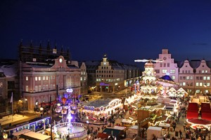 Rostocker Weihnachtsmarkt bleibt nach Berlin-Anschlag offen (Foto: Archiv)