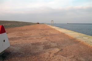 Die Löcher und Furchen auf der Uferpromenade sollen bald beseitigt werden