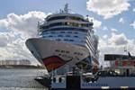 AIDAdiva eröffnet die Kreuzfahrtsaison 2017 in Warnemünde